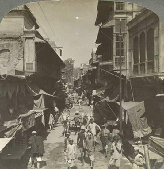 old-india-photos-delhi-street-1908